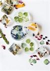 ИДЕЯ №3: Использование различных сухих цветочков, листиков, ягод, кожуры цитрусовых и т.д. при изготовлении мыла позволяет сделать простое, но в тоже время оригинальное мыльце.