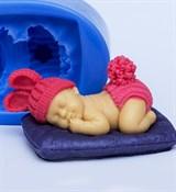 Малыш на подушке 3D силиконовая форма