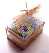 Кристалл в подарочной шкатулке из пальмы Рапия (плавл. брусок), 100г