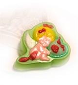 Ангелочек с сердцем форма пластиковая