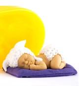 Малыш на подушке2 3D силиконовая форма
