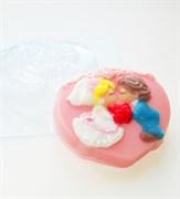 Малыши-молодожёны форма пластиковая