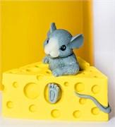 Мышонок в сыре 3D силиконовая форма